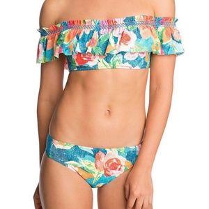 🚨NEW LIST! Vera Bradley Flounce Floral Bikini